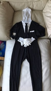 Slenderman costume Burnaby, V5B 2J9