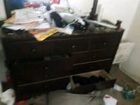 Bedroom furniture a whole set Bakersfield, 93307