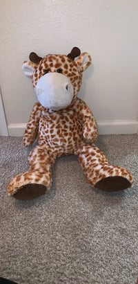 brown and black giraffe plush toy Fort Belvoir, 22309