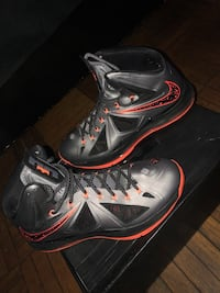 LeBron X Lavas (Size 11.5) Washington, 20018