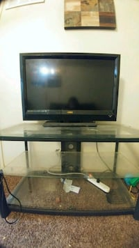 black LG flat screen TV Albuquerque, 87106