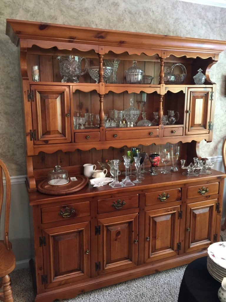 used solid pine buffet and hutch must see beautiful for sale in rh us letgo com