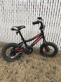 Kid's bike with training wheels Edmonton, T6C 1J1