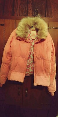 Childs coat- Large- heavy & warm. Fulton, 65251