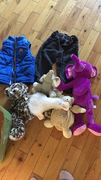 $5 take all toddler clothes and stuffed animals Brighton, K0K 1H0