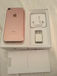 rose gold iPhone 7 with box