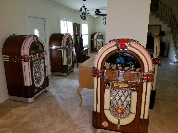 Used Wurlitzer 1015 Jukebox OMT for sale in VEROBEACH