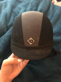black and gray fitted cap Lafayette, 70503