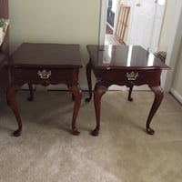 two brown wooden side tables Warrenton, 20187