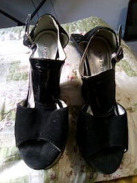 Bamboo black wedges  Gainesville