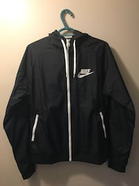 Brand new Black and white nike windbreaker