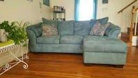 Like New Turquoise/Seafoam Sofa w/Attached Chaise! Frederick