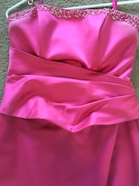 Evening Gown Great for prom or homecoming. Size 6