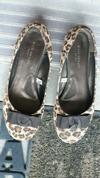 Ladies Flats Barrie, L4M 7K1