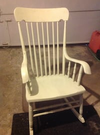 One rocking chair, one piano chair/bench Beaconsfield, H9W 3M5