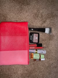 7 professional new items makeup bag lot Stafford, 22554