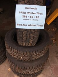 All-most new hankook snow tires $400 obo 265/50/20 - $400
