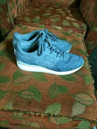 pair of blue Nike running shoes San Antonio, 78228