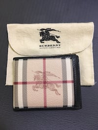 Authentic gently used Burberry wallet Mississauga, L4W