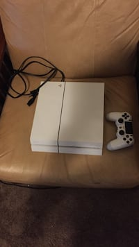 PS4 white 500GB Henderson, 89014