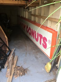 Vintage Dunkin Doughnuts sign