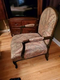 Queen Ann chairs set of 2 Vaughan, L4H 1T9