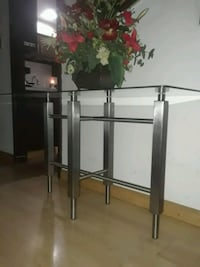 Custom stainless table glass top