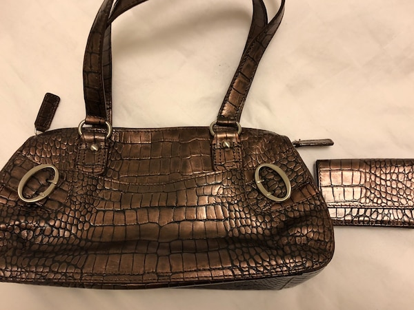 366149439fc0 Used New Danier Leather Purse and Cardholder for sale in Vaughan ...
