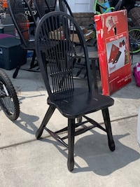 6 Black distressed chairs $10 each or all for $50 Charleston, 29492
