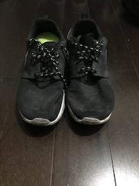 Nike shoes size 8 Toronto, M6S