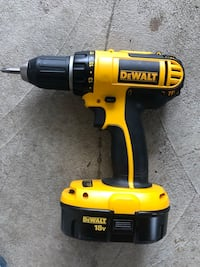 Dewalt 18v cordless drill with battery  Dumont, 07628