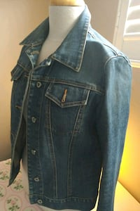 Gap denim jacket Mississauga, L4T 3L6