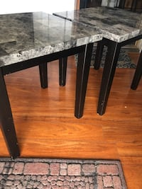 Coffee table and 2 end tables (set) Carbondale, 18407