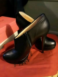 pair of black leather heeled shoes Gaithersburg, 20886