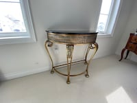 *BEAUTIFUL* Bedroom/Hallway/Decor Table