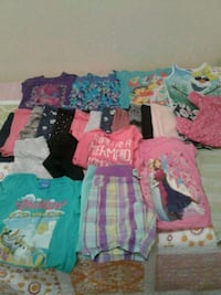 Size 6 assorted clothes Innisfil, L9S