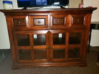 Entertainment center  Annapolis, 21401