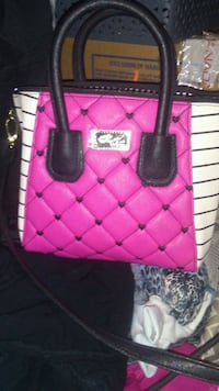 LUV BETSEY JOHNSON 3714 km
