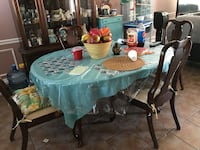 Brown wooden dinning table with chairs set Pennsauken, 08109