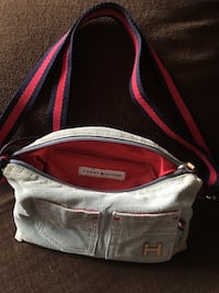 Tommy Hilfiger small purse blue and red Toronto, M9W 4H4