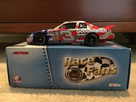 Dale Earnhart Race fans nascar toy with box