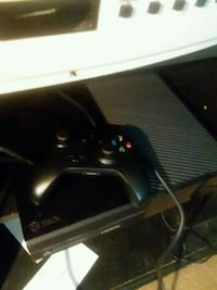 Xbox one with one control  Temple Hills, 20748