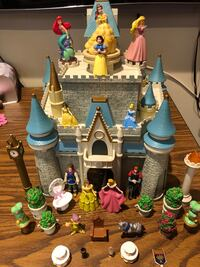 Christmas gift - Disney princess castle and characters Sterling, 20165