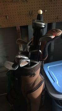 black and gray golf club set 377 mi