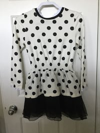 white and black polka-dot long-sleeved  Elk Grove, 95758