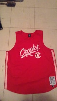Red and white crooks and castles size XL Winnipeg, R2W 0M2