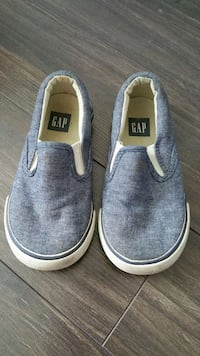 Used Gap baby shoes size 7 for sale in Vancouver - letgo