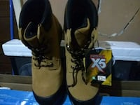 Brand new steeltoed boots Surrey, V4A 4R9