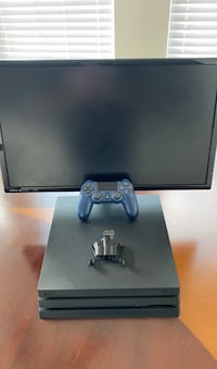 """PS4 Pro With 27"""" BenQ Clinton, 20735"""