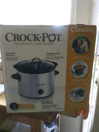 Crock Pot slow cooker box Oakland, 94619